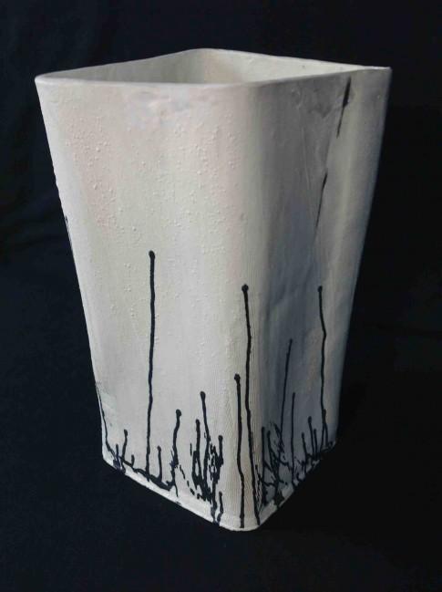 cat-trochu-ceramic-rennes-14dec15-gdvase 1