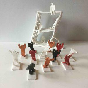 cat-trochu-ceramic-rennes-bretagne-patiau-immeuble-debout 1