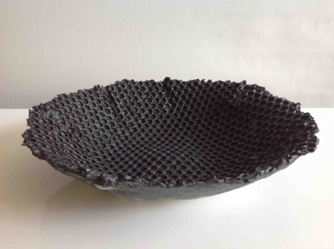 cat-trochu-ceramic-rennes-black dish 1
