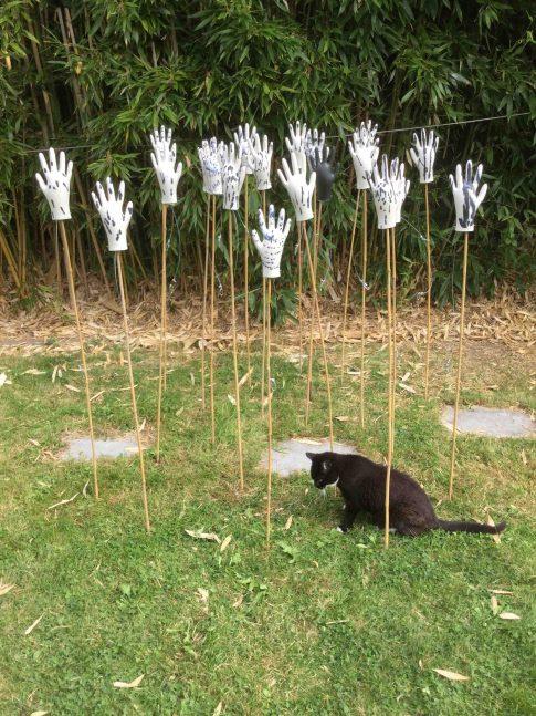 19-cat-trochu-ceramic-rennes-installation-jardin-gants-bambous-1